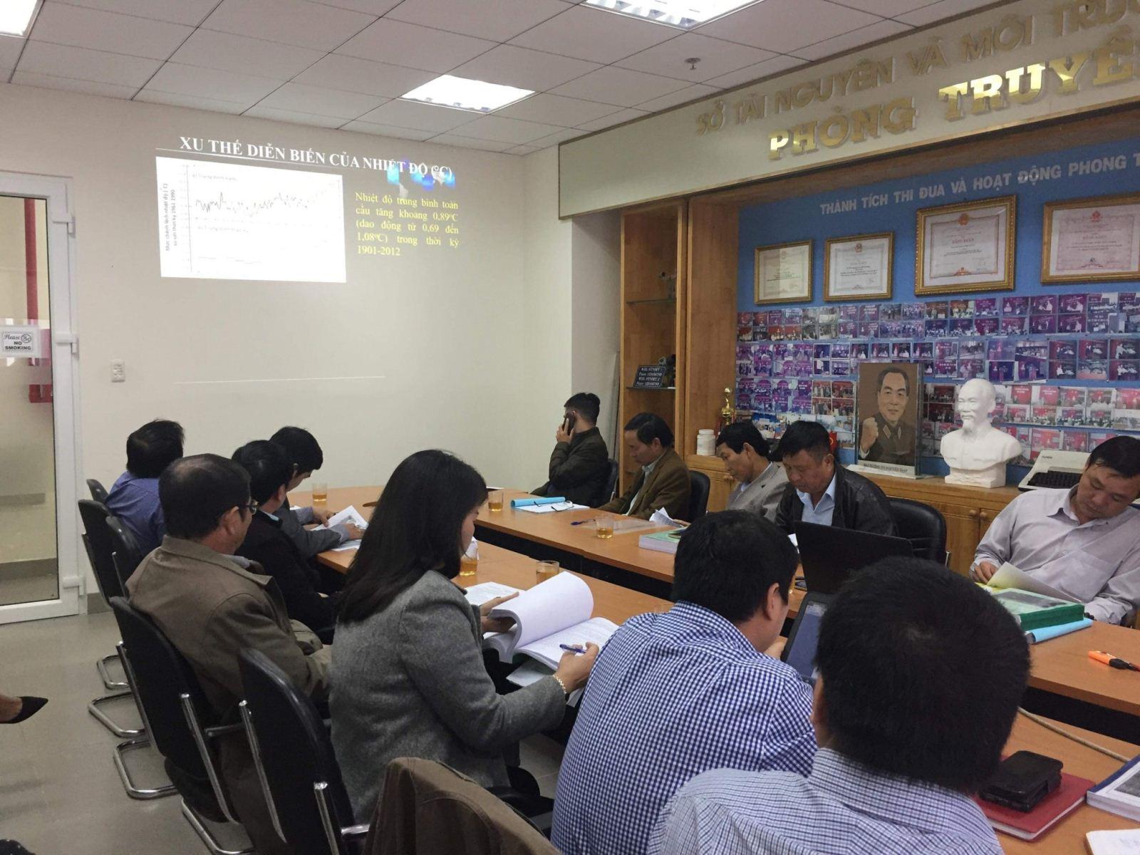 Phiên họp góp ý báo cáo Kế hoạch hành động ứng phó biến đổi khí hậu giai đoạn 2021-2030 tầm nhìn 2050 trên địa bàn tỉnh Lâm Đồng